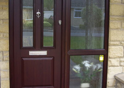 Rosewood Composite door and sidelight with slam lock